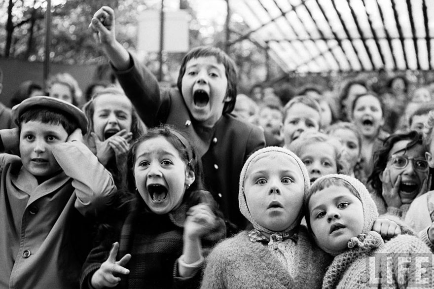 powerful-historic-photos-emotions-expressed-through-eyes-17