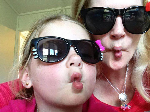 like-mother-like-daughter-funny-photography-32