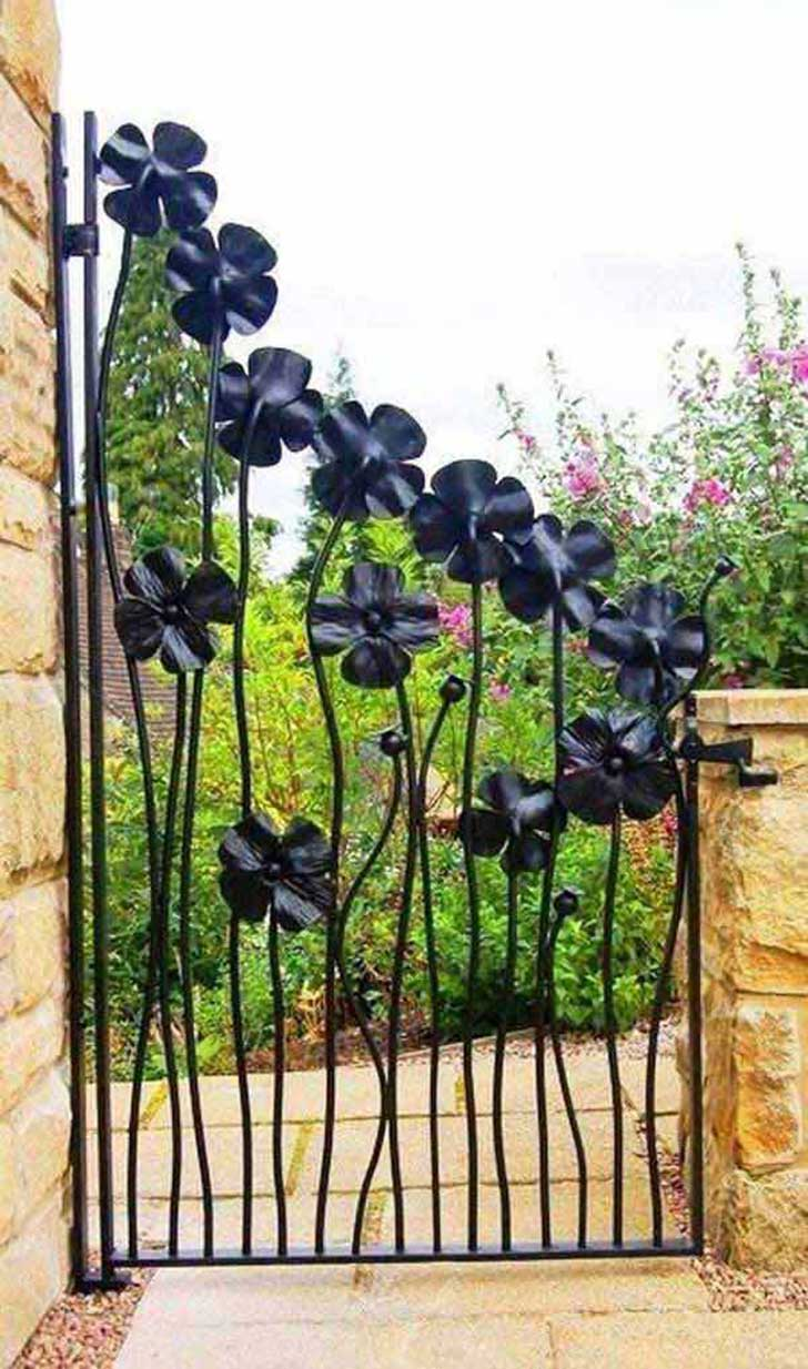22-Insanely-Charming-Garden-Gate-DIY-Projects-Protecting-Greenery-in-Style-usefuldiyprojects.com-outdoor-space-decor-9