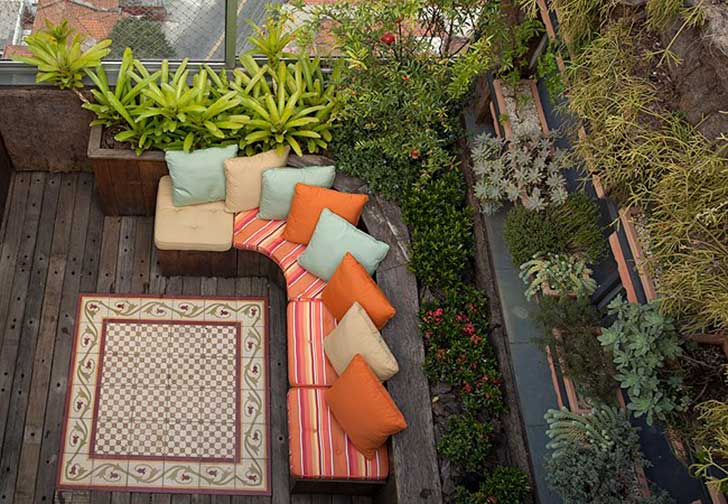Small-Balcony-Design-Ideas-22