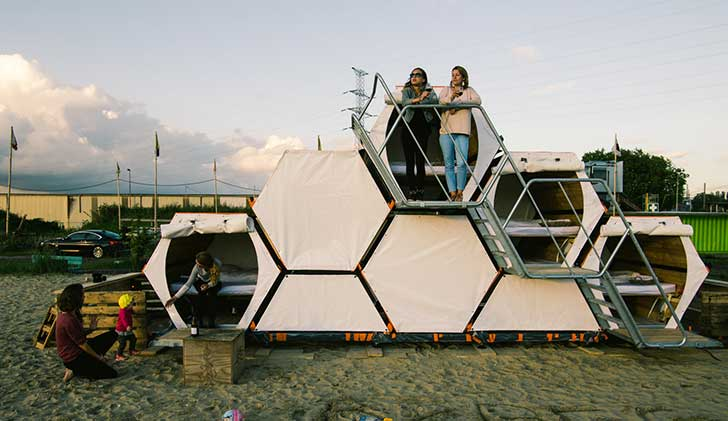 honeycomb-tents-are-the-future-of-group-camping