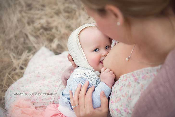 In-honor-of-the-World-Breastfeeding-Week-2015-by-Tammy-Nicole-Photography-1__880-1