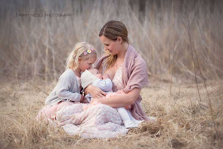 In-honor-of-the-World-Breastfeeding-Week-2015-by-Tammy-Nicole-Photography-__880