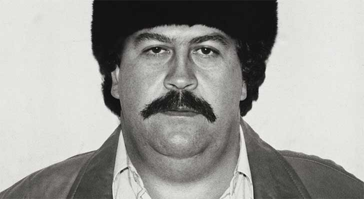 1-in-the-mid-1980s-escobars-cartel-brought-in-an-estimated-420-million-a-week-which-totals-almost-22-billion-a-year