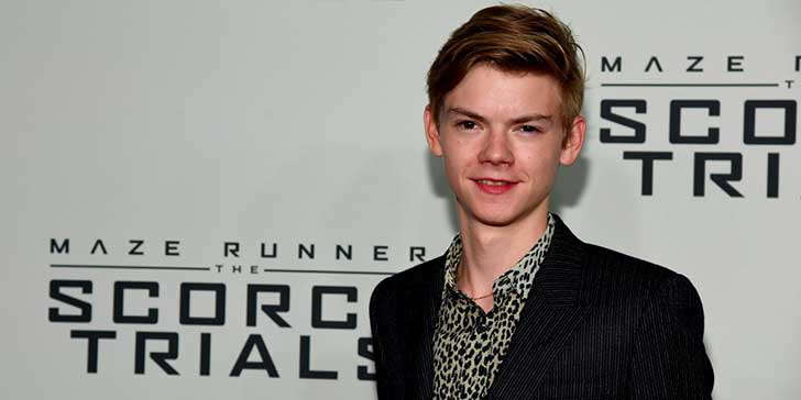 the-maze-runner-star-thomas-brodie-sangster-pops-up-briefly-as-a-first-order-officer