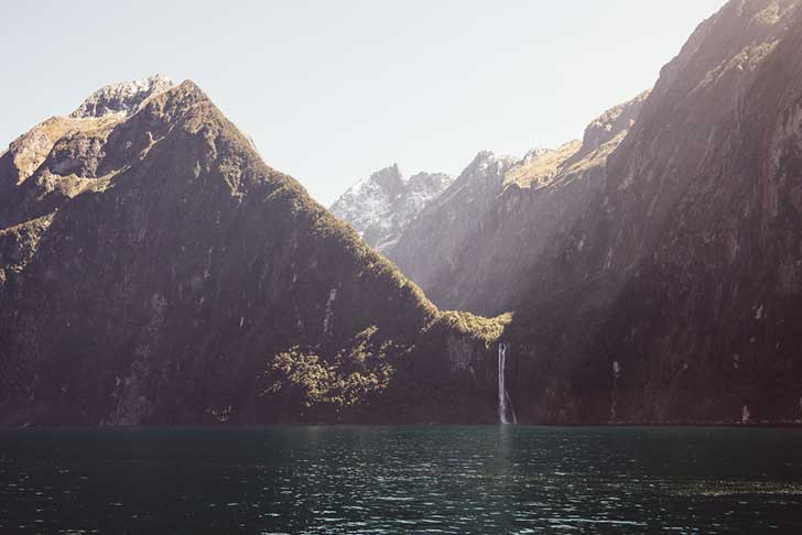 i-spent-a-year-exploring-new-zealand-to-bring-back-these-photos-and-it-blew-my-mind-23__880