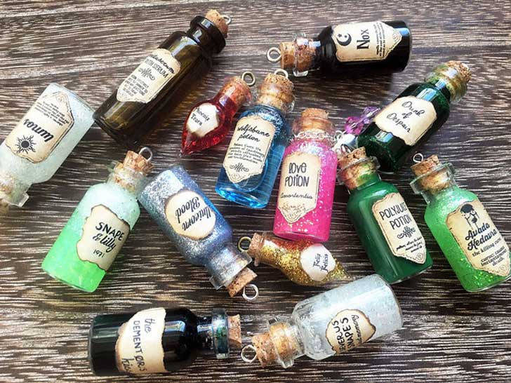 harry-potter-jewelry-accessories-gift-ideas-431__700