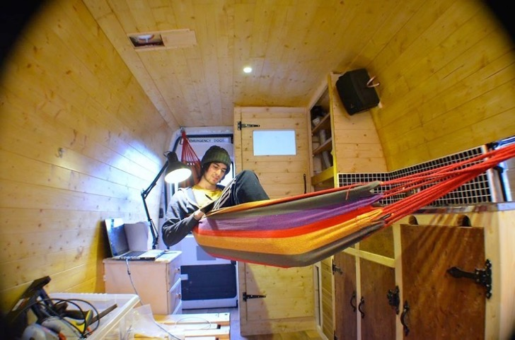Mike_Hudsonin-hammock-nearly-finished-57289f9d8f941__880