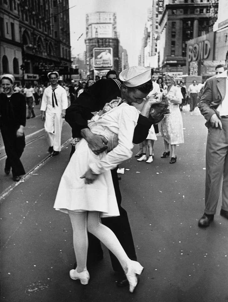old-photos-vintage-war-couples-love-romance-6-5731f4a980e99__880 2