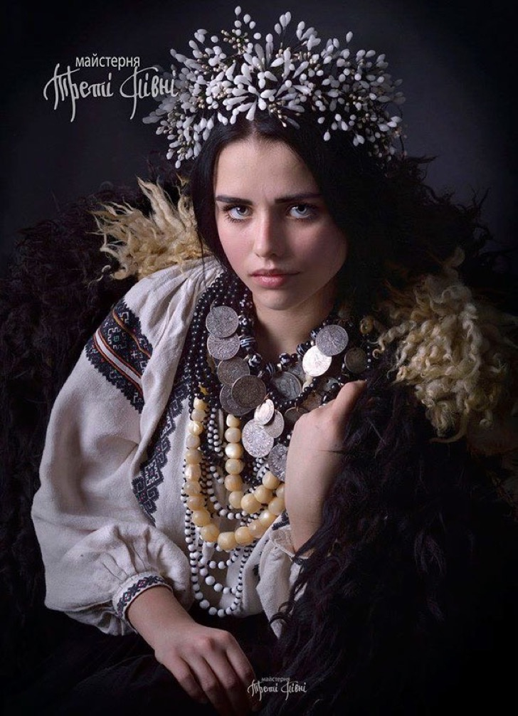 traditional-ukrainian-crowns-treti-pivni-31-57985bfae1b2c__605 2
