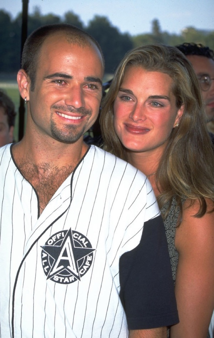 UNDATED FILE PHOTO: Andre Agassi and Brooke Shields.  (Photo by Diane Freed)