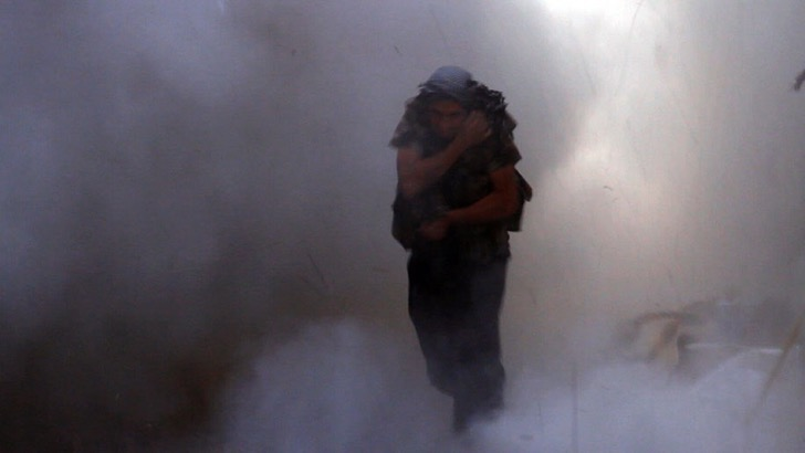 photo-journalism-tank-shell-explosion-moment-syrian-rebels-tracey-shelton-5