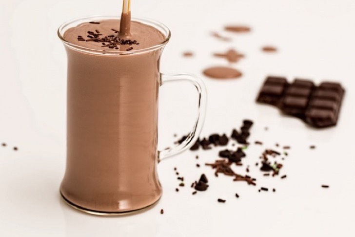 8902910-chocolate-smoothie-1058191_960_720-1478695342-650-f9a1029391-1478953707-1