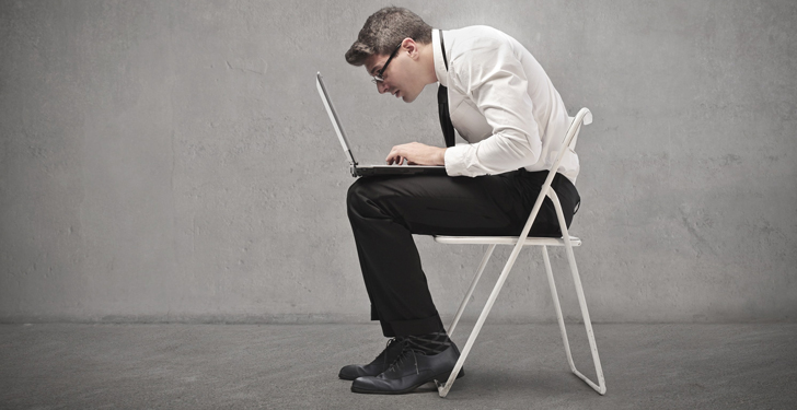 bad-posture-computer-chair-med-e1372902971826