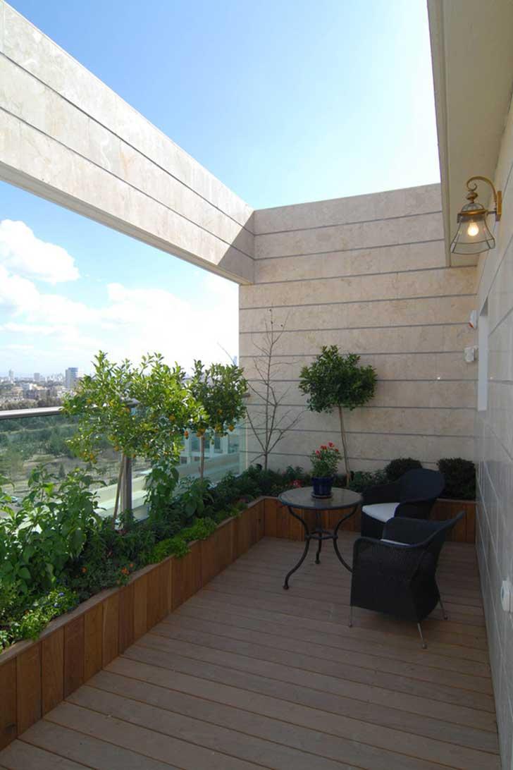 Small-Balcony-Design-Ideas-11