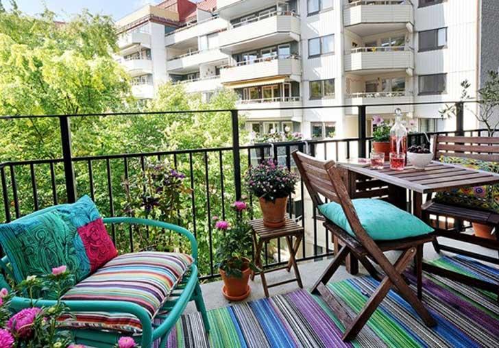Small-Balcony-Design-Ideas-15