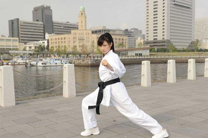 karate-girl-kg-07a